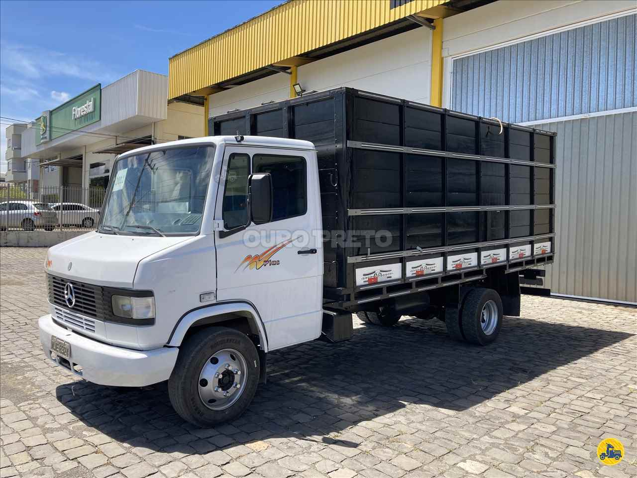CAMINHAO MERCEDES-BENZ MB 710 Boiadeiro 3/4 4x2 Ouro Preto Caminhões LAGES SANTA CATARINA SC